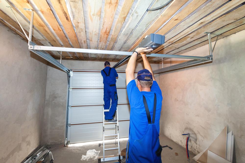 Garage Door Troubleshooting Tips For Las Vegas Homeowners