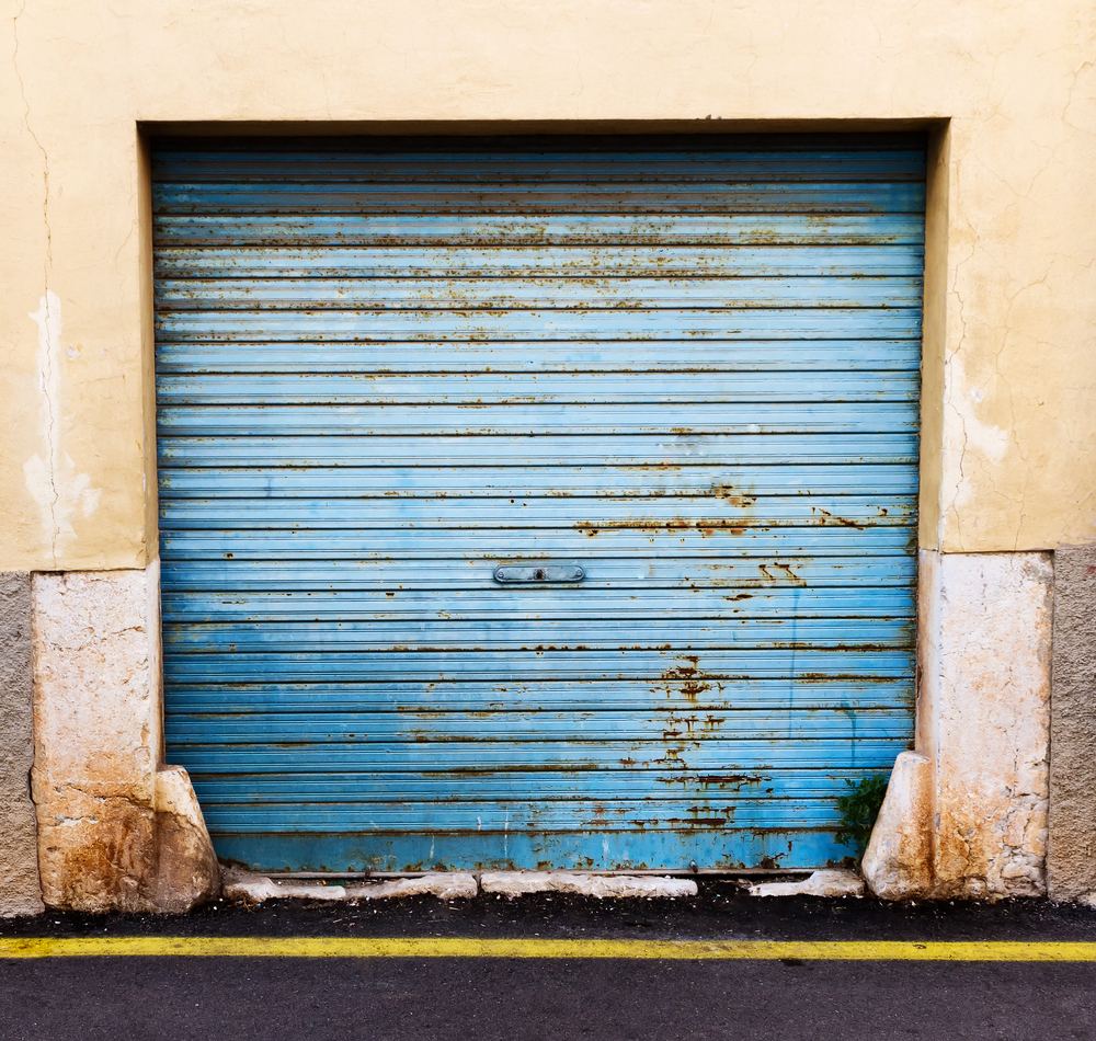 Removing Stains From Your Garage Door In Las Vegas