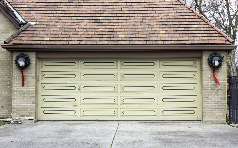 Holiday Decorations For Las Vegas Garage Door
