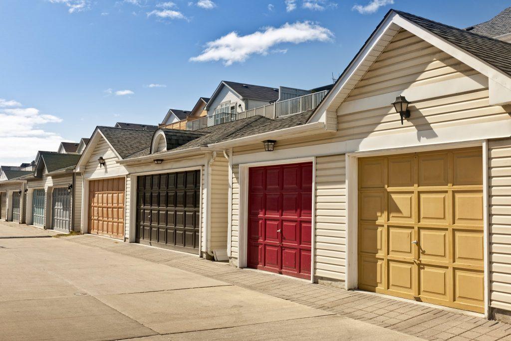 Row-of-Houses-With-Garage-Doors